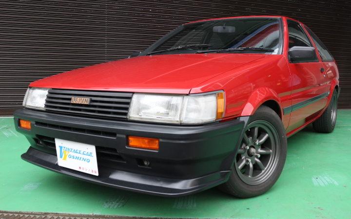 AE86 レビン赤黒入荷!!